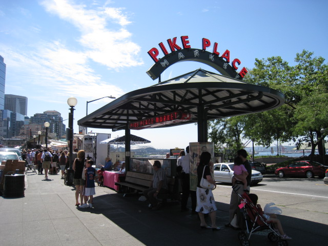 It is also famous for pike market in downtown seattle for Famous fish market in seattle